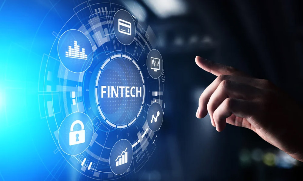 Fintech Solutions for Banks: Five Key Technology Features